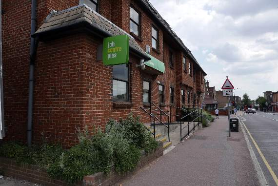 'Disgraceful' closure of Hornchurch job centre will hit sick, unemployed and disabled claimants, union warns