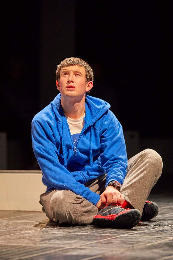 The Curious Incident of the Dog in the Night-Time star Scott Reid talks to the YA ahead of the show's Southend run