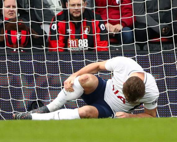 Harry Kane suffers apparent ankle injury in Tottenham's game at Bournemouth